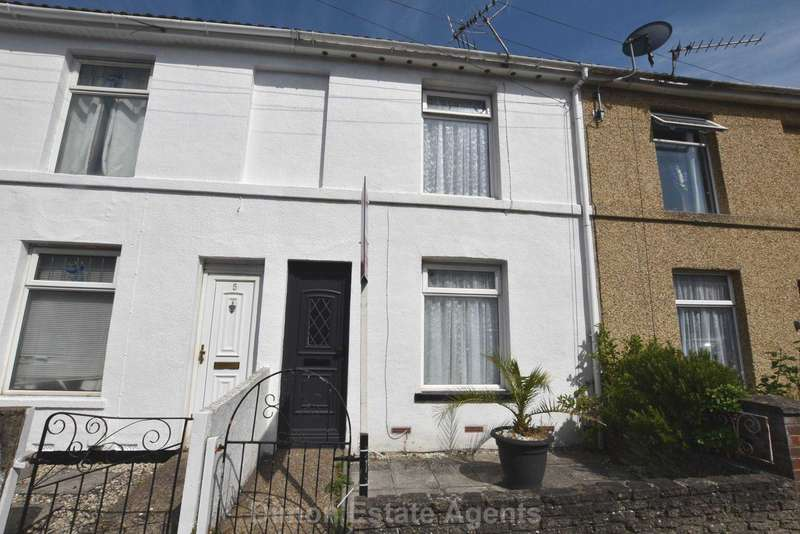 2 Bedrooms Terraced House for sale in Russell Street, Gosport