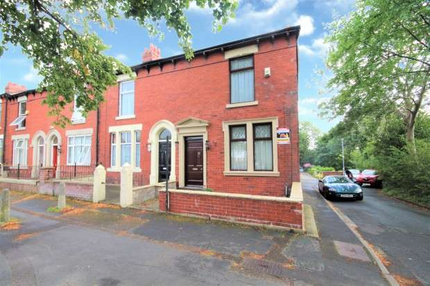 4 Bedrooms Terraced House for sale in Watling Street Road, Preston, PR2