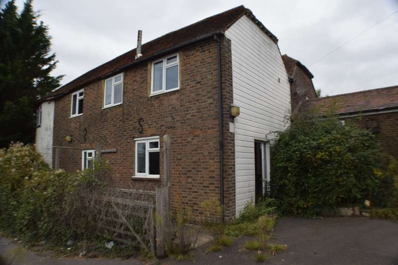 4 Bedrooms Link Detached House for sale in Blue Boys Oast, Hastings Road, Matfield, Tonbridge, Kent