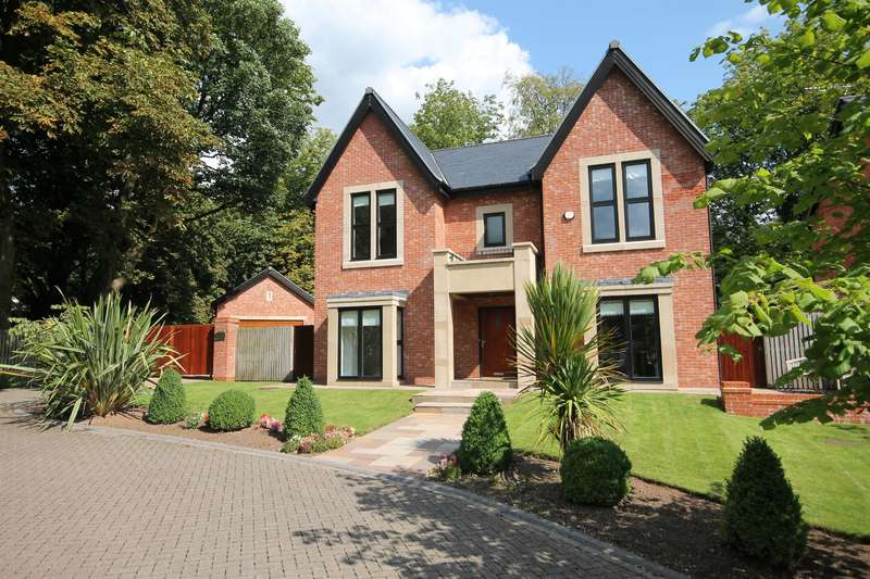 5 Bedrooms Detached House for sale in Markland Hill, Heaton, Bolton, BL1 5AL