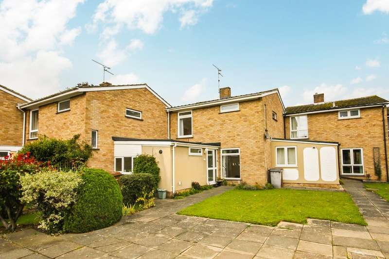 3 Bedrooms Terraced House for sale in Scotts Walk, Chelmsford