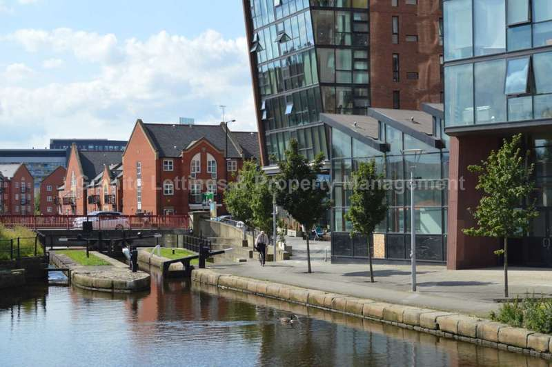 3 Bedrooms Apartment Flat for rent in Islington Wharf, 153 Great Ancoats Street, New Islington, Manchester, M4 6DH