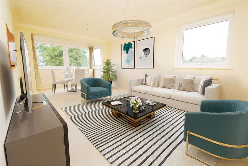 2 Bedrooms Apartment Flat for sale in Carlton Close, Upminster, RM14