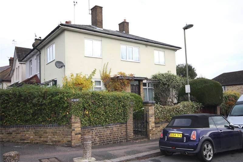 3 Bedrooms Semi Detached House for sale in Victoria Road, Barnet