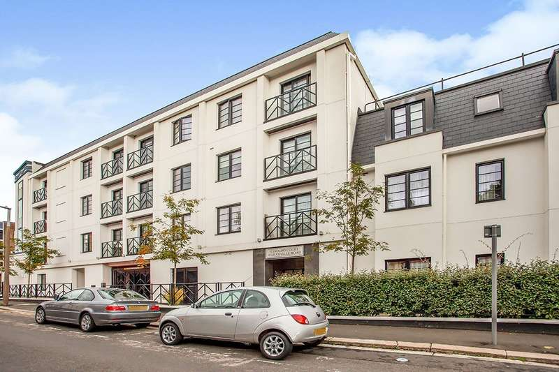 3 Bedrooms Apartment Flat for sale in Essoldo Court, 4 Granville Road, Watford, Hertfordshire, WD18