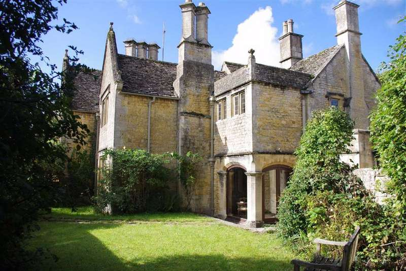 3 Bedrooms Town House for sale in Victoria Street, Bourton-on-the-Water, Gloucestershire