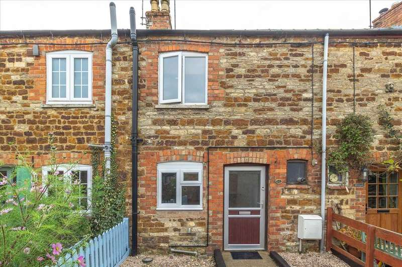 2 Bedrooms Terraced House for rent in High Street, Ringstead