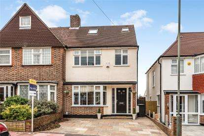 4 Bedrooms Semi Detached House for sale in Greenview Avenue, Beckenham