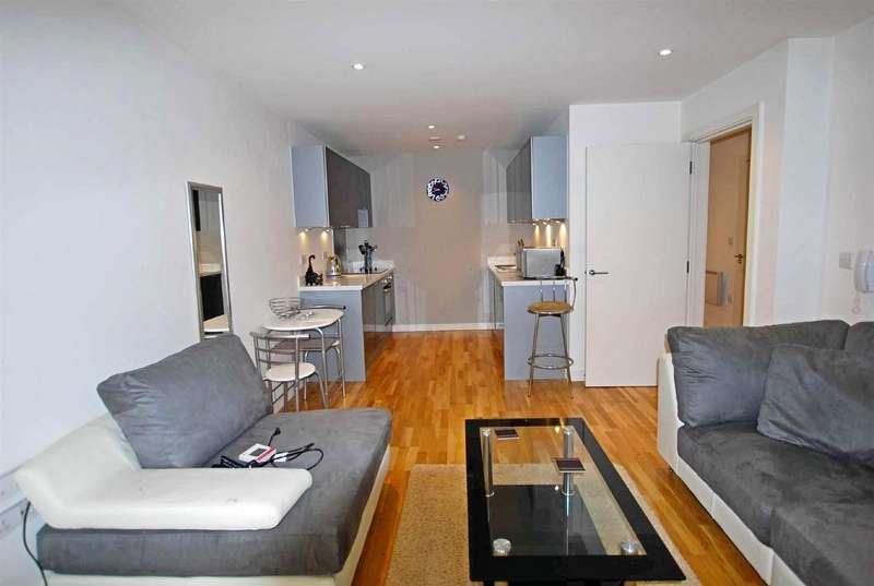 1 Bedroom Apartment Flat for sale in Peruzzi House, The Rock South Street, Bury