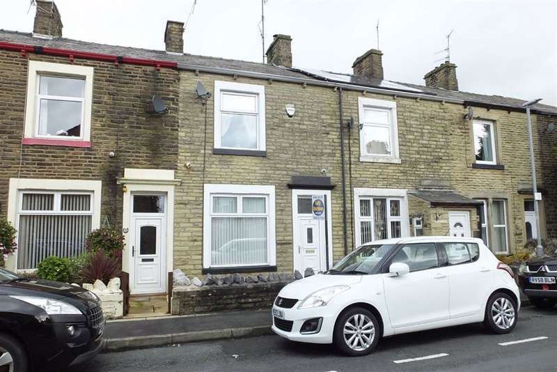 3 Bedrooms Terraced House for sale in George Street, Earby, Lancashire, BB18