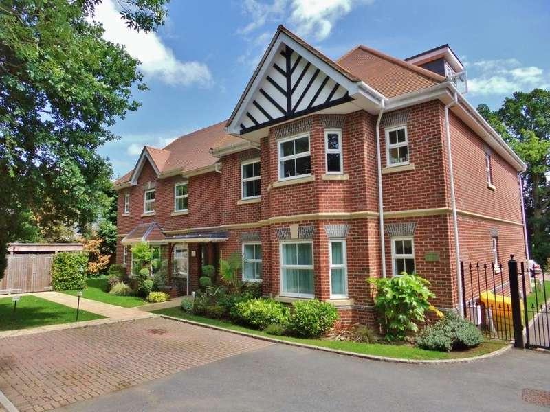 2 Bedrooms Flat for rent in Tudor Court, London Road, Windlesham