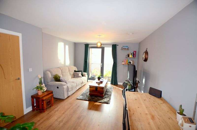 1 Bedroom Property for sale in Kiln Close, Gloucester GL1 1GH