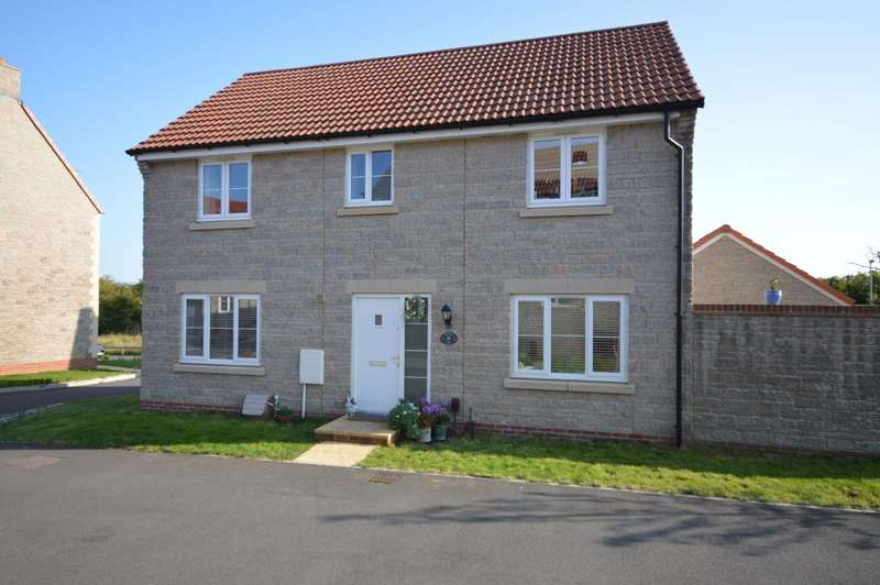4 Bedrooms House for sale in Bluebell Drive, Keynsham, Bristol