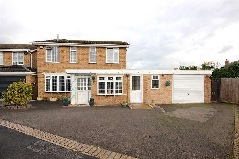 4 Bedrooms Detached House for sale in Beeby Close, Syston