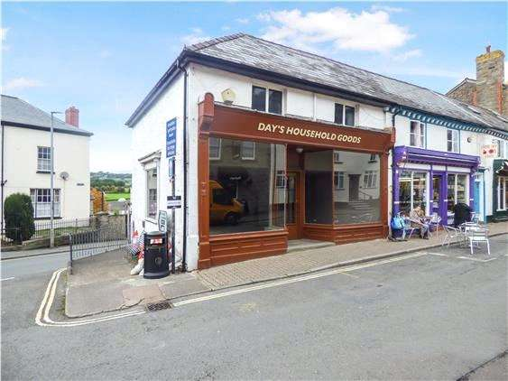 Retail Property (high Street) Commercial for rent in 9 Castle Street, Hay-On-Wye, Powys, HR3 5DF