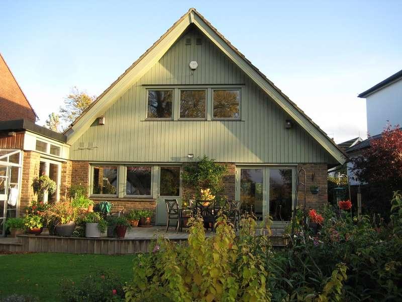 4 Bedrooms Detached House for sale in Paynesfield Road, Tatsfield, Westerham, TN16