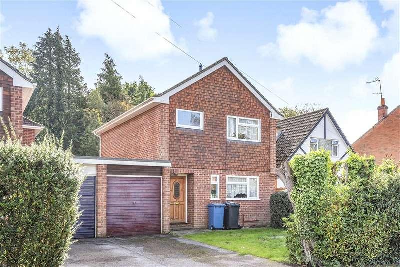 3 Bedrooms Link Detached House for sale in Westover Road, Fleet, GU51