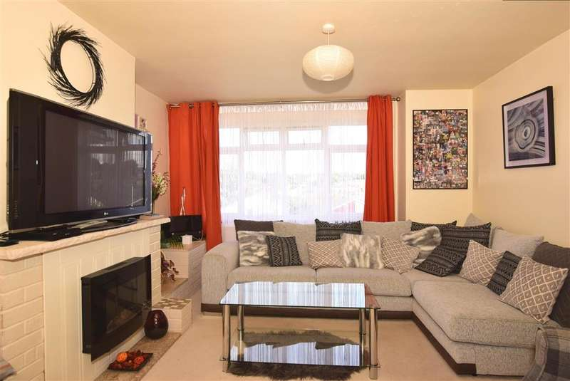 3 Bedrooms Semi Detached House for sale in Sussex Drive, , Walderslade, Chatham, Kent