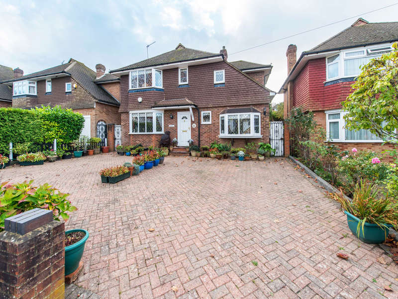 4 Bedrooms Detached House for sale in Elmfield Way, South Croydon