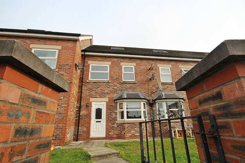 4 Bedrooms Town House for rent in St. Marys Court, St. Marys Street , Latchford, Warrington, WA4