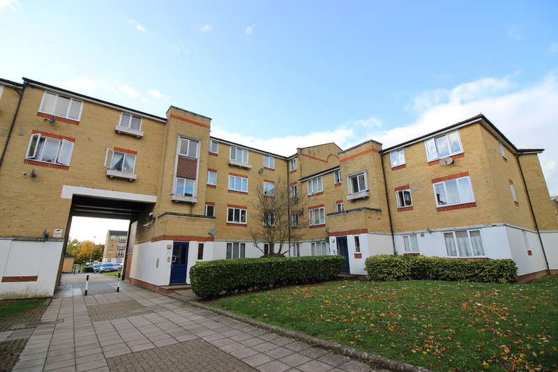 1 Bedroom Flat for sale in Dadswood, Harlow, CM20
