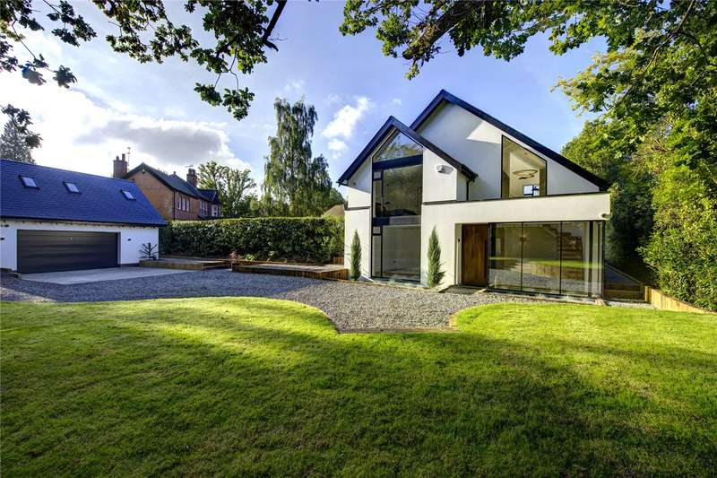 5 Bedrooms Detached House for sale in Chalfont Lane, Chorleywood, Rickmansworth, Hertfordshire, WD3