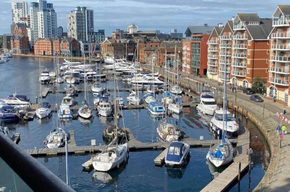 2 Bedrooms Apartment Flat for rent in Neptune Marina