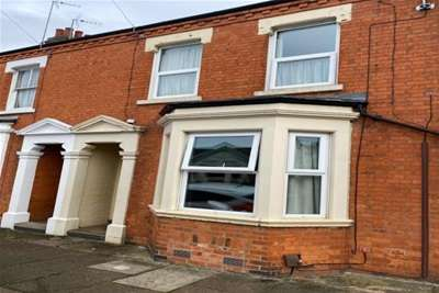 3 Bedrooms Terraced House for rent in Garrick Road, Northampton, Northamptonshire, NN1