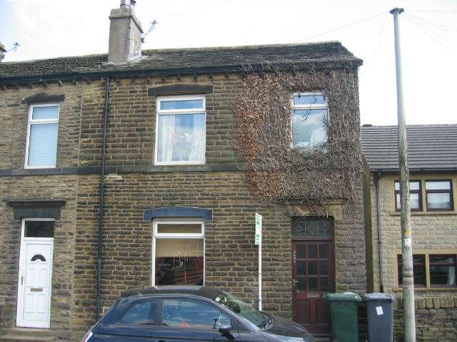 3 Bedrooms End Of Terrace House for rent in New Hey Road, Outlane, Huddersfield, HD3