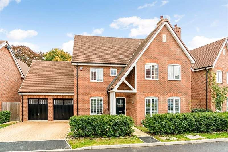 5 Bedrooms Detached House for sale in Elizabeth II Avenue, Berkhamsted