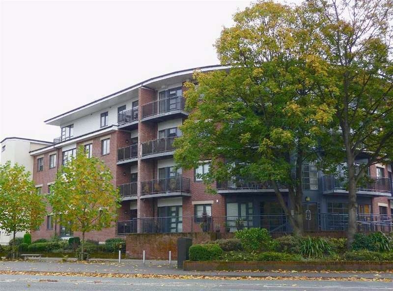 2 Bedrooms Flat for rent in Regents Court, 174 Manchester Road, Whalley Range
