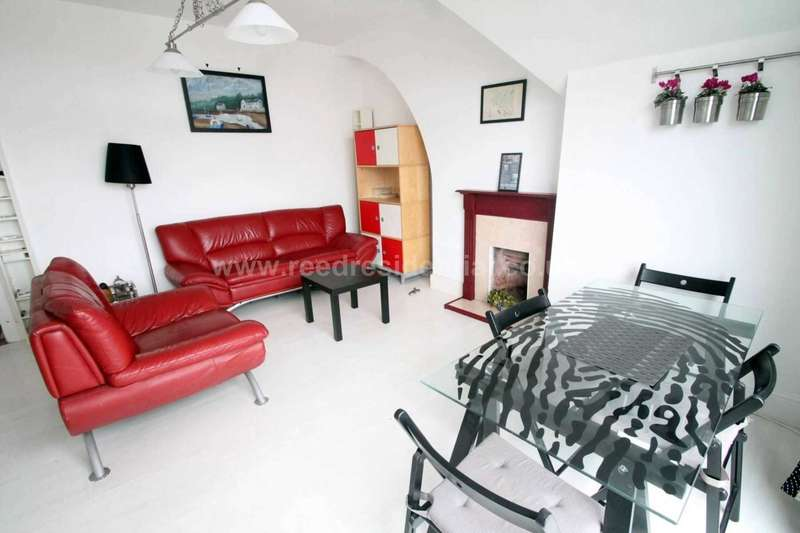 2 Bedrooms Apartment Flat for sale in Valkyrie Road, Westcliff On Sea