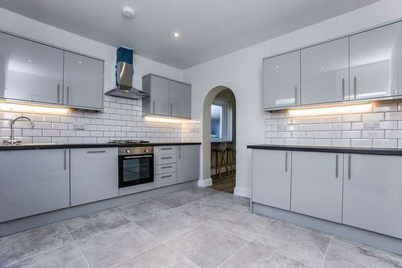 3 Bedrooms Detached House for rent in Angel Hill, Sutton, SM1