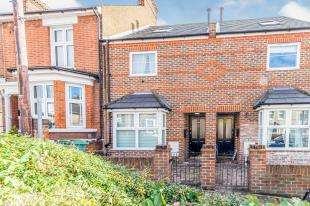3 Bedrooms Terraced House for sale in Albany Street, Maidstone, Kent