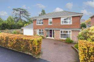 4 Bedrooms Detached House for sale in College Drive, Tunbridge Wells, Kent