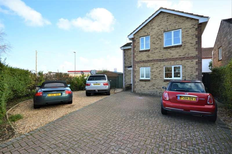 4 Bedrooms Detached House for sale in Tamar Close, Sandown