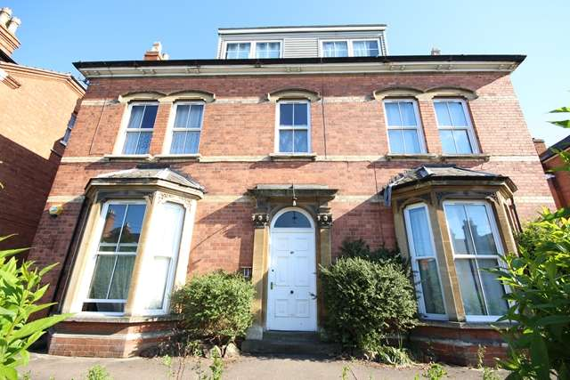 1 Bedroom Ground Flat for rent in Bromyard Road, St Johns, Worcester