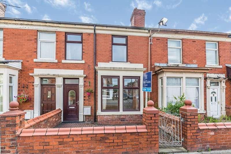 3 Bedrooms Terraced House for rent in Station Road, Bamber Bridge, Preston, PR5