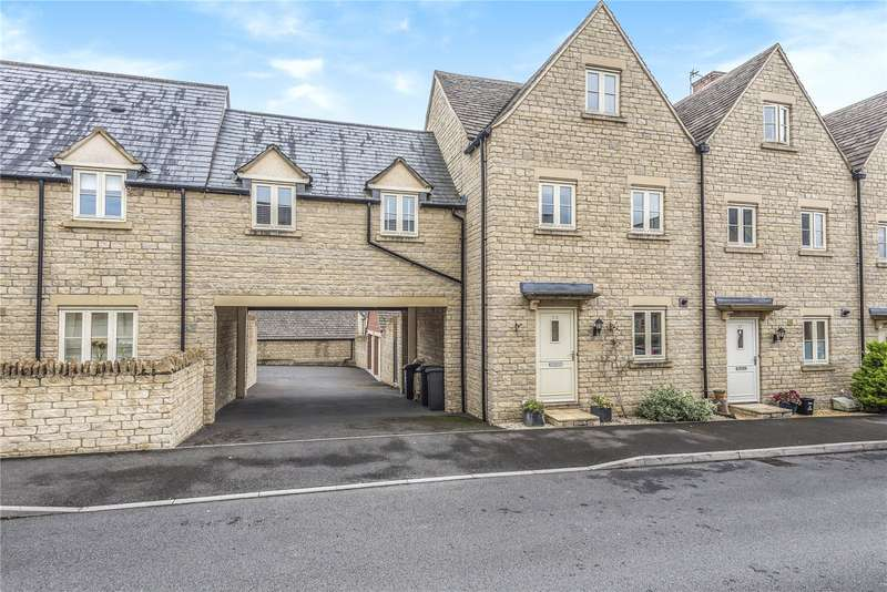 4 Bedrooms Town House for sale in Moss Way, Cirencester, GL7