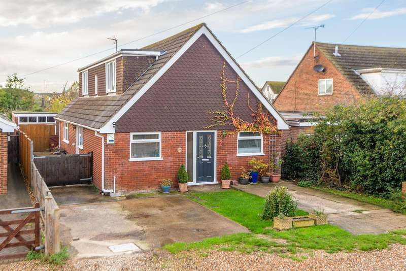 4 Bedrooms Bungalow for sale in Birch Road, Whitstable, CT5