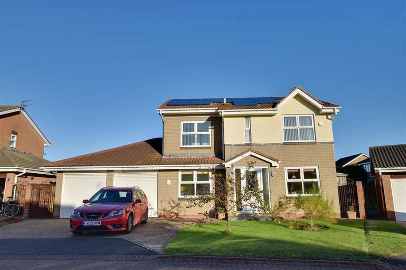 4 Bedrooms Detached House for sale in Shearwater, Whitburn, Sunderland