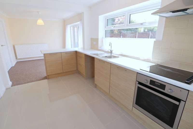 4 Bedrooms Property for sale in Sutherland Crescent, Blythe Bridge
