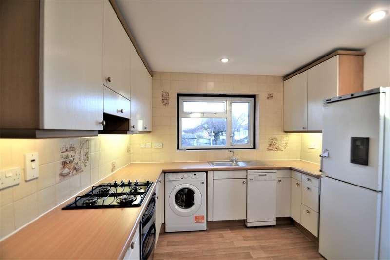 4 Bedrooms Semi Detached House for rent in Preston Road, Harrow