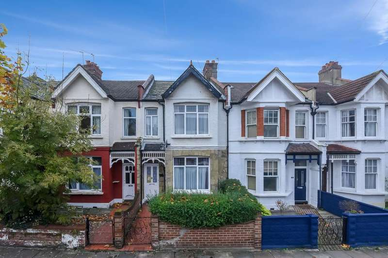 3 Bedrooms Terraced House for sale in Gassiot Road, London SW17