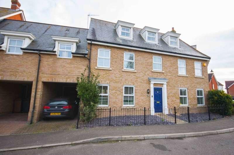 5 Bedrooms Link Detached House for sale in Eglinton Drive, Chancellor Park, Chelmer Village, Chelmsford, CM2