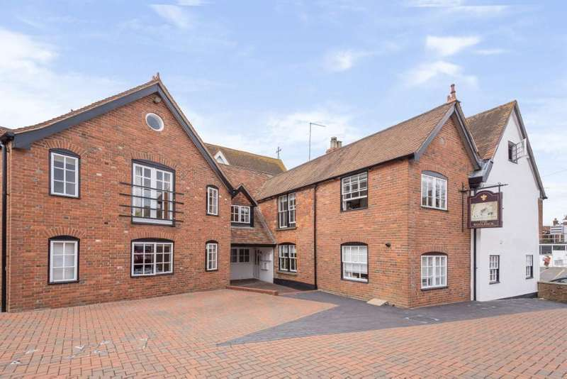1 Bedroom Flat for rent in Church Street, Wantage, OX12