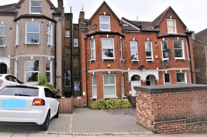 2 Bedrooms Flat for rent in Knights Hill, West Norwood, London, SE27 0SR