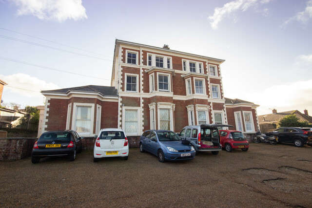 1 Bedroom Flat for rent in Flat 1, Kemerton House, 9 Alexandra Road, Ryde, Isle of Wight