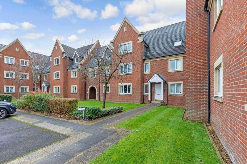 2 Bedrooms Apartment Flat for rent in Tanbridge Park, Horsham