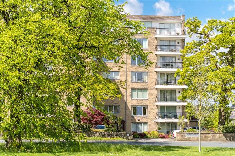 3 Bedrooms Apartment Flat for rent in Wentworth Court, Beech Grove, Harrogate